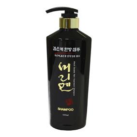 Morien Шампунь на основе черного кунжута, 550 мл8809120111670Эксклюзивная формула с высоким содержанием экстракта черного кунжута оказывает увлажняющее и восстанавливающее действие, способствует защите от вредного воздействия ультрафиолетовых лучей. Растительные экстракты укрепляют корни волос, препятствуя выпадению. Шампунь, обогащенный витаминами и ценными маслами бережно очищает кожу головы и волосы, обеспечивает интенсивное питание от корней до кончиков. Придает силу и прочность ослабленным волосам.
