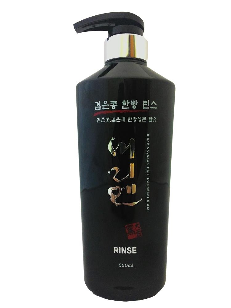 Morien Кондиционер на основе соевых бобов, 550 мл8809120111892Экстракт черных соевых бобов является богатым источником протеинов, состоит из аминокислот, пептидов и белков. Используется в качестве увлажнителя и эмульгатора, обладает мощным антиоксидантным свойством. Кондиционер бережно увлажняет и восстанавливает структуру волос, облегчает расчесывание, придает волосам блеск. Комплекс растительных экстрактов и провитамин В5 оказывают благотворное воздействие на волосы, делая их гладкими и послушными.