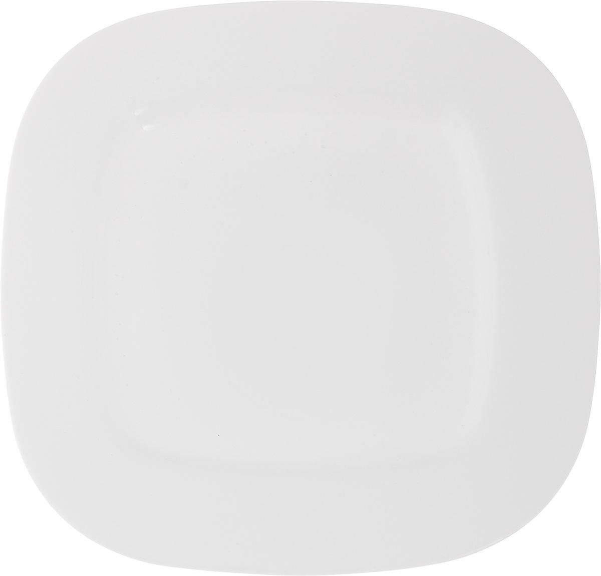 Тарелка десертная Luminarc Squera, 25 х 25 смG9978Десертная тарелка Luminarc Squera, изготовленная из ударопрочного стекла, имеет изысканный внешний вид. Такая тарелка прекрасно подходит как для торжественных случаев, так и для повседневного использования. Идеальна для подачи десертов, пирожных, тортов и многого другого. Она прекрасно оформит стол и станет отличным дополнением к вашей коллекции кухонной посуды. Размер тарелки (по верхнему краю): 25 х 25 см.
