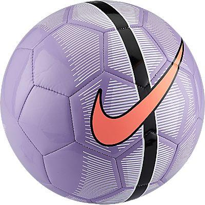 Мяч футбольный унисекс Nike MERCURIAL FADE, цвет: лиловый. SC2361-515. Размер 5SC2361-51526 СПЕЦИАЛЬНЫЕ ВСТАВКИ ДЛЯ СКОРОСТИ. Гладкая поверхность мяча Nike Mercurial Fade создана для скорости. На швы и форму этого мяча распространяется гарантия 2 года, что подтверждает его долговечность и высокое качество, помогая игрокам непрерывно совершенствовать свою игру. Конструкция из 26 вставок для правильной и точной траектории полета. Покрытие из термопластичного полиуретана с машинной строчкой для повышенной прочности. Бутиловая камера обеспечивает отличную амортизацию и превосходно удерживает воздух. Прочная резиновая подошва гарантирует отличное сцепление при игре в помещении.