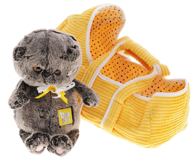 Мягкая игрушка Басик Baby в люльке 20 смBB-002Мягкая игрушка Басик Baby подарит малышу немало прекрасных мгновений. Дети очень трепетно относятся к домашним животным, особенно они любят котов и собак и часто просят своих родителей приобрести им такого друга. Однако домашние питомцы не всегда хорошо влияют на детей - они могут поцарапать и даже вызвать аллергическую реакцию, поэтому приходят на помощь мягкие игрушки, очень похожие на настоящих питомцев. С этим шотландским вислоухим котиком можно играть, отдыхать и засыпать в обнимку, рассказывая свои секреты. У него густая плюшевая шерстка, которую так приятно гладить. У Басика круглые медовые глазки, маленькие ушки и черный носик. На Басике симпатичный бантик из белого хлопкового кружева и желтой атласной ленточки. В комплект входит очень удобная и легкая люлька-переноска из желтого вельвета с текстильной подкладой. Края люльки отделаны белым кантом. Играя, малыш развивает фантазию и воображение, развивает тактильную чувствительность и...