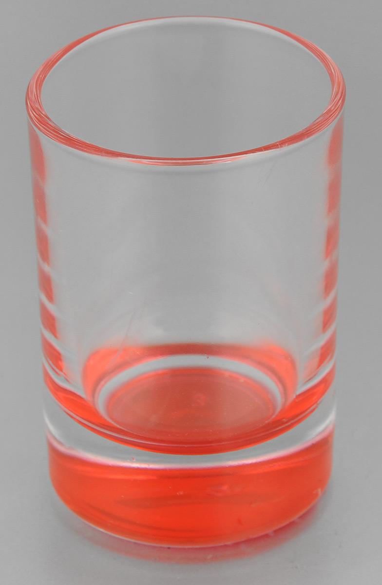 Стопка OSZ Лак микс, цвет: прозрачный, красный, 50 мл02С1022 ЛМ_прозрачный, красныйСтопка OSZ Лак микс изготовлена из прозрачного стекла с цветным донышком. Идеально подходит для крепких спиртных напитков. Такая стопка станет отличным дополнением сервировки стола. Диаметр стопки (по верхнему краю): 4,5 см. Диаметр основания: 4 см. Высота стопки: 7 см.