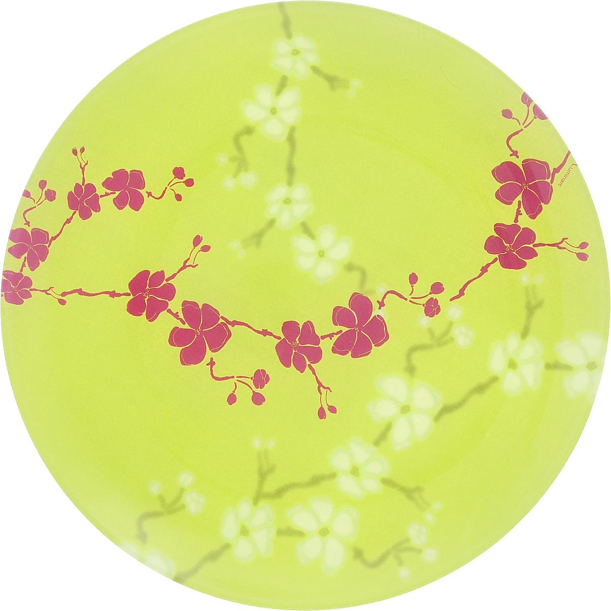 Тарелка десертная Luminarc Kashima Green, 20,5 смG9724Десертная тарелка Luminarc Kashima Green, изготовленная из ударопрочного стекла, имеет изысканный внешний вид. Такая тарелка прекрасно подходит как для торжественных случаев, так и для повседневного использования. Идеальна для подачи десертов, пирожных, тортов и многого другого. Она прекрасно оформит стол и станет отличным дополнением к вашей коллекции кухонной посуды. Диаметр тарелки (по верхнему краю): 20,5 см.