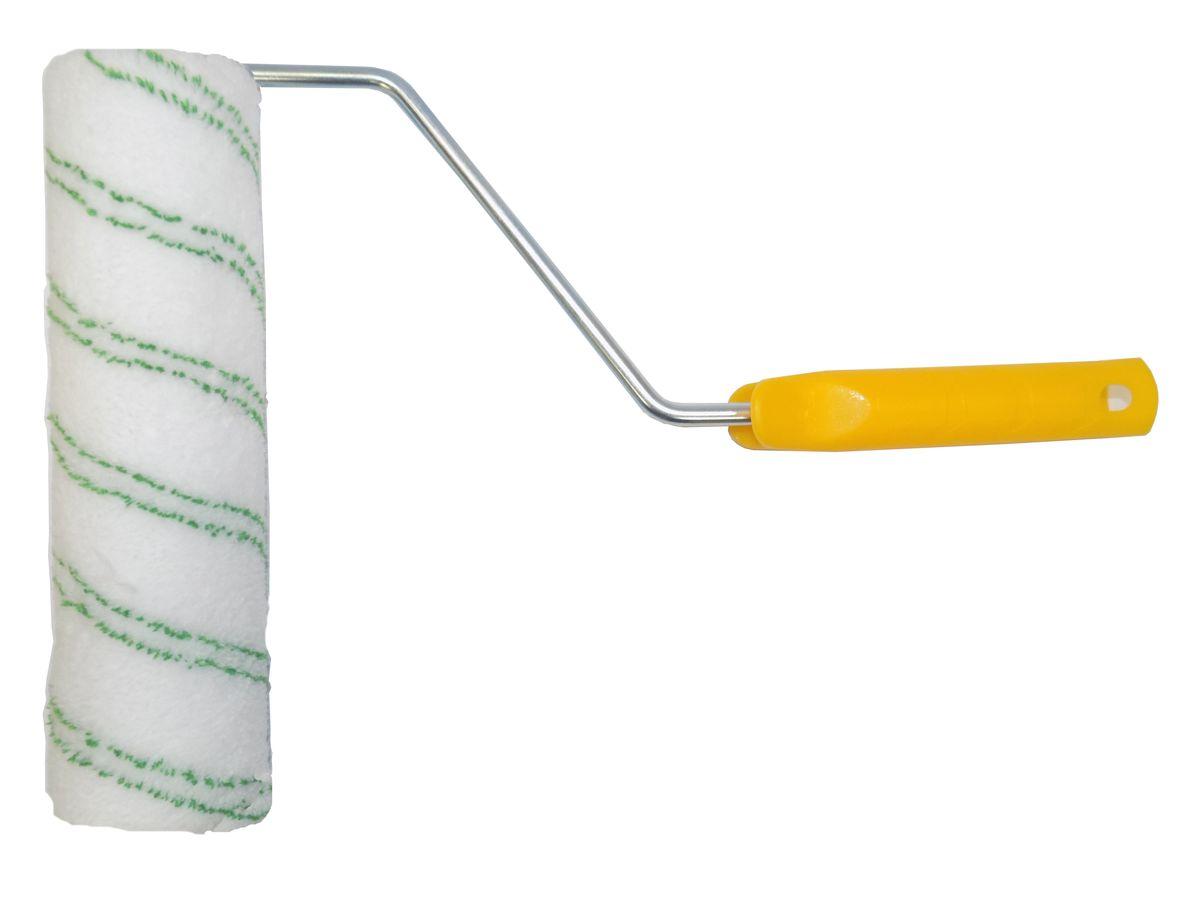 Валик малярный Fly, микрофибра, 10 мм, диаметр 48 мм, длина 240 мм23-240Валик из микрофибры Fly служит для нанесения лаков и красок на растворителях, а также вододисперсионных красок и грунтовок на гладкие поверхности. Ворс: 10 мм. Длина: 240 мм. Диаметр: 48 мм. Бюгель (рукоятка): 8 мм.