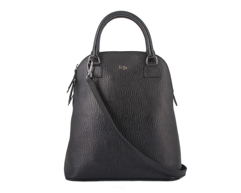 Сумка женская FRIJA, цвет: черный. 21-0312-1521-0312-15Стильная женская сумка Frija, изготовленная из натуральной кожи, неотъемлемый атрибут любой современной женщины. Удобные ручки, высотой 15см, прочно крепятся к корпусу сумки. Изделие закрывается на застежку-молнию. Внутреннее отделение, , содержит два кармана для мобильного телефона и мелочей, а также врезной карман на молнии. На лицевой стороне расположена металлическая пластина с логотипом бренда Frija. В комплект входит съемный плечевой ремень регулируемой длины. Сумки Frija запоминаются и делают ваш образ незабываемым. Продукция этого бренда женственна и элегантна, ее характеризуют романтизм и яркость. Изделие упаковано в фирменный чехол. Размеры ШР14 х ВТ35 х ДЛ32