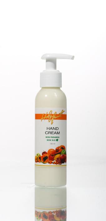 Holy Fruit Крем для рук Hand Cream, 125 мл7290008564359Легкий крем с едва уловимым запахом и нежирной текстурой быстро впитывается, увлажняя и восстанавливая мягкость и гладкость рук. Сбалансированный состав содержит целый арсенал растительных ингредиентов - масла облепихи, жожоба, оливы, энотеры, бораго, масло Ши, экстракты ромашки, настурции, яблока. Масло и экстракт календулы – активные компоненты крема - обладают уникальными смягчающими и противовоспалительными свойствами. Способствуют заживлению мелких ранок, ссадин, предохраняют от трещин, снимают раздражение.
