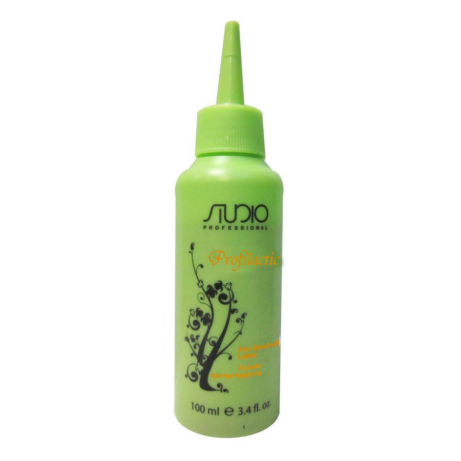 Kapous Profilactic Лосьон против перхоти 100 млKap846Благодаря Пиритионату цинка, который обладает выраженными и длительными антимикотическими, антибактериальными и противовоспалительными свойствами имеет высокую проникающую способность, что позволяет добиться максимального эффекта. Терпеноиды, содержащиеся в масле чайного дерева, обладают противогрибковым действием, которое эффективно устраняет зуд, успокаивая и восстанавливая баланс кожи головы.