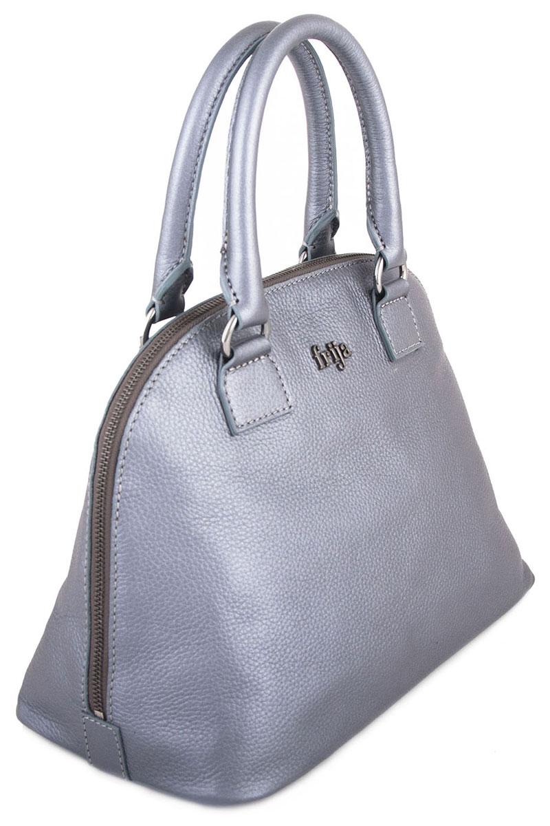 Сумка женская FRIJA, цвет: серо-голубой. 21-0309A-1521-0309A-15Стильная женская сумка выполнена из натуральной кожи и оформлена металлической пластиной с названием бренда на лицевой стороне. Сумка имеет одно основное отделение, которое закрывается на застежку-молнию. Внутри - открытый карман, вшитый карман на молнии и два накладных кармашка для телефона и мелких бумаг. Сумка оснащена двумя удобными ручками на металлической фурнитуре золотистого цвета. На дне имеется 4 металлические ножки. Стильная сумка Frija станет финальным штрихом в создании вашего неповторимого образа. Женская сумочка Frija - это воплощение элегантности и шика. Высококачественные материалы, чистота линий, как выбор стиля, идут об руку с модными тенденциями. Обладательницей данной коллекции может быть только сильная и независимая женщина, бросающая вызов обыденности. Размеры ДЛ30хШР16,5хВТ23