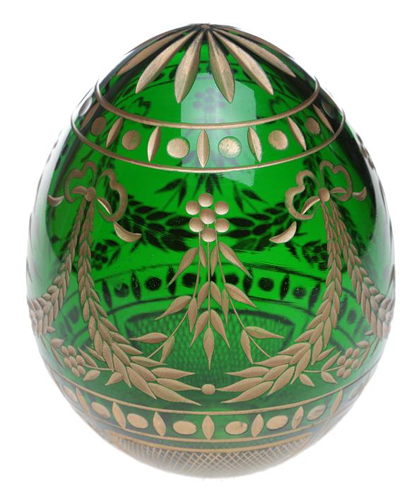 Яйцо пасхальное в стиле Фаберже. Хрусталь изумрудного цвета, гравировка. Россия, 2000-е гг.