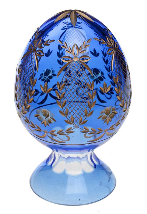 Яйцо пасхальное в стиле Фаберже. Хрусталь темно-синего цвета, гравировка. Россия, 2000-е гг.