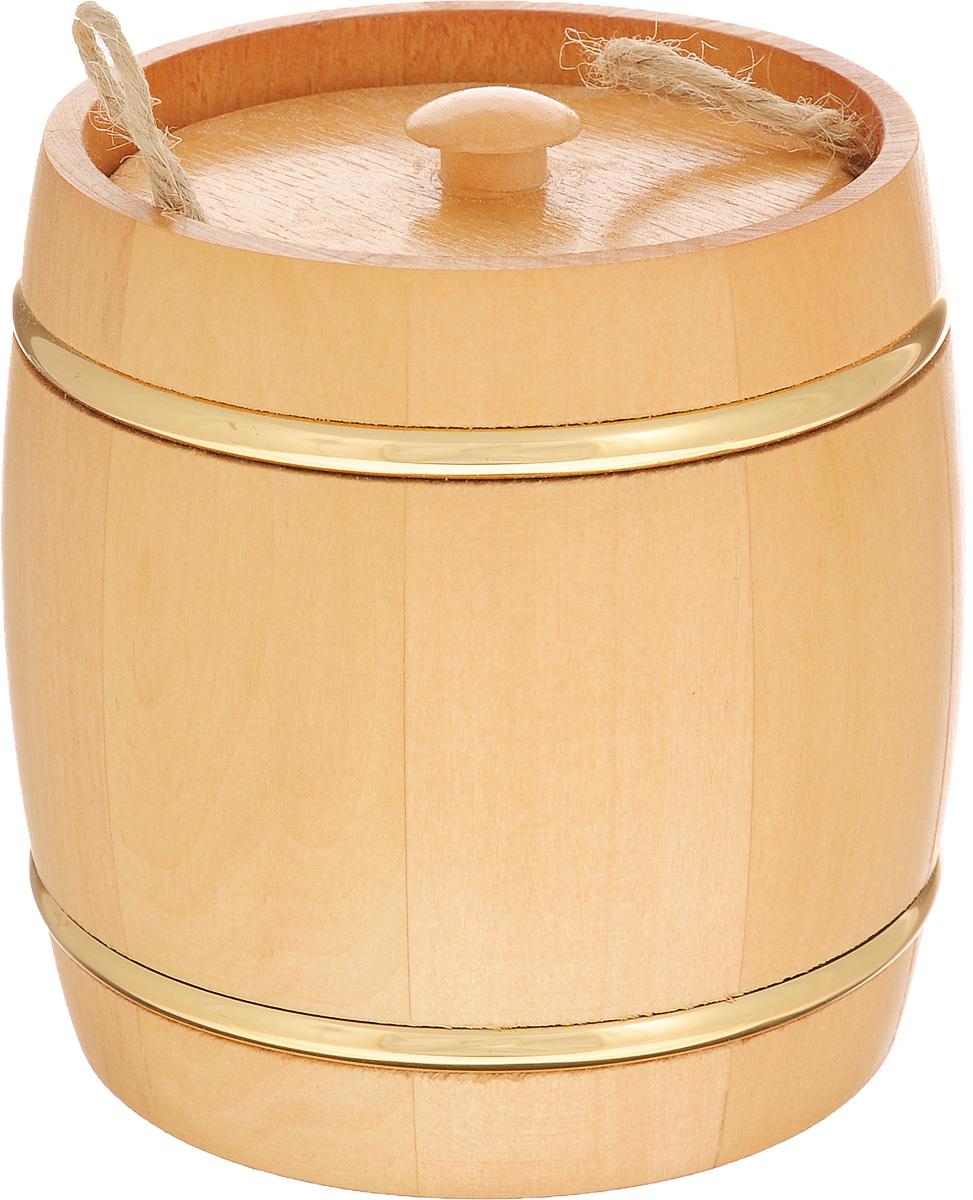 Бочонок вощенный Proffi Home, диаметр 9,5 см, 0,3 лPH1237Вощенный бочонок Proffi Home изготовлен из липы. Он прекрасно впишется своим дизайном в интерьер. Липовый бочонок является одним из лучших среди бондарных изделий для хранения продуктов, в особенности меда. Вы можете быть уверенными, что в такой емкости содержимое не теряет свой аромат и вкусовые качества. Главное достоинство в том, что все полезные свойства продуктов остаются в сохранности. Эксплуатация бондарных изделий. Перед первым использованием бондарное изделие рекомендуется подготовить. Для этого нужно наполнить изделие холодной водой и оставить наполненным на 2-3 часа. Затем необходимо воду слить, обдать изделие сначала горячей, потом холодной водой. Не рекомендуется оставлять бондарные изделия около нагревательных приборов, а также под длительным воздействием прямых солнечных лучей. С момента начала использования бондарного изделия не рекомендуется оставлять его без воды на срок более 1 недели. Но и продолжительное время хранить в таких изделиях...