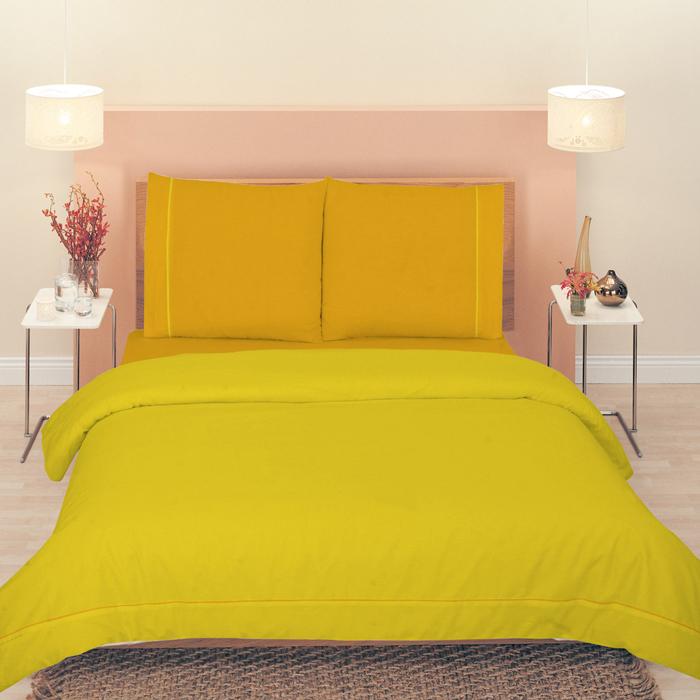 Комплект белья Tete-a-tete Classic Манго, 2-спальный, наволочки 70х70, цвет: желтый, оранжевыйЭ-7005-02Комплект постельного белья Tete-a-Tete Classic Манго является экологически безопасным для всей семьи, так как выполнен из бязи (100% натурального хлопка). Комплект состоит из пододеяльника, простыни и двух наволочек. Постельное белье имеет изысканный внешний вид и яркую цветовую гамму. Гладкая структура делает ткань приятной на ощупь, мягкой и нежной, при этом она прочная и хорошо сохраняет форму. Ткань легко гладится, не линяет и не садится. Комплект постельного белья Tete-a-Tete Classic Манго станет отличным дополнением вашего интерьера и подарит гармоничный сон.