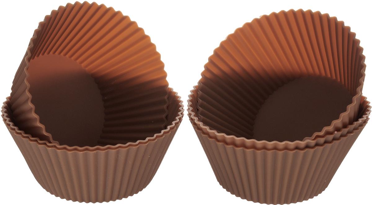 Набор форм для выпечки Calve, цвет: коричневый, диаметр 9 см, 6 штCL-4554Набор Calve состоит из шести форм, выполненных из силикона. Формы предназначены для выпечки и заморозки. Стенки форм рельефные. Силиконовые формы для выпечки имеют много преимуществ по сравнению с традиционными металлическими формами и противнями. Они идеально подходят для использования в микроволновых, газовых и электрических печах при температурах до +230°С. В случае заморозки до -40°С. За счет высокой теплопроводности силикона изделия выпекаются заметно быстрее. Благодаря гибкости и антиприлипающим свойствам силикона, готовое изделие легко извлекается из формы. Для этого достаточно отогнуть края и вывернуть форму (выпечке дайте немного остыть, а замороженный продукт лучше вынимать сразу). Силикон абсолютно безвреден для здоровья, не впитывает запахи, не оставляет пятен, легко моется. С набором форм Calve вы всегда сможете порадовать своих близких оригинальной выпечкой. Размер форм (по верхнему краю): 9 х 9 см. Высота форм: 4 см.