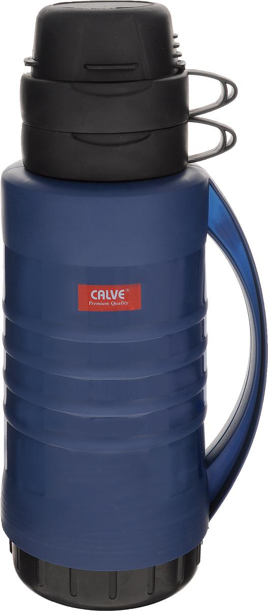 Термос Calve, с крышкой-кружкой, цвет: синий, 1,8 лCL-1606_синийТермос Calve изготовлен из прочной пластмассы и снабжен ручкой. Стеклянная изоляционная колба поможет сохранить необходимую температуру напитков. Он дополнен крышкой, состоящей из двух кружек с ручками, скрепляющихся между собой. Можно мыть в посудомоечной машине. Высота термоса: 35 см. Диаметр основания термоса: 11,5 см. Диаметр горлышка термоса: 6 см. Высота кружки: 6,5. Диаметр кружки: 9 см. Объем термоса: 1,8 л. Объем кружки: 0,3 л.