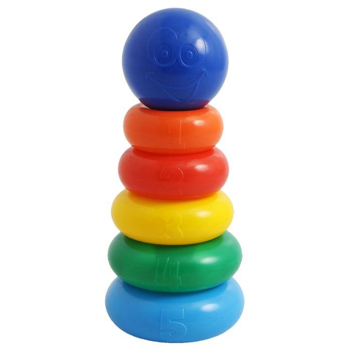 Крошка Я Пирамидка 5 колец с шаром1182511Пирамидка, 5 колец с шаром — одна из первых развивающих игрушек малыша, которая состоит из основы-стержня, круглых колец и наконечника в виде шара со смайликом. Неоспоримая польза Каждое кольцо разного цвета и пронумеровано. Собирая пирамидку, ребёнок освоит основные цвета радуги и получит базовые навыки счёта. Игры с красочной пирамидкой разовьют у крохи мелкую моторику, координацию движений, воображение, логическое и образное мышление, навыки конструирования. Он научится различать предметы по величине, сравнивать их и делать выводы. Также юный конструктор познакомится с такими понятиями, как «больше», «меньше», «круг», «конус», «плоский», «объёмный». Полная безопасность Товар разработан и произведён в России из российских материалов и соответствует всем ГОСТам