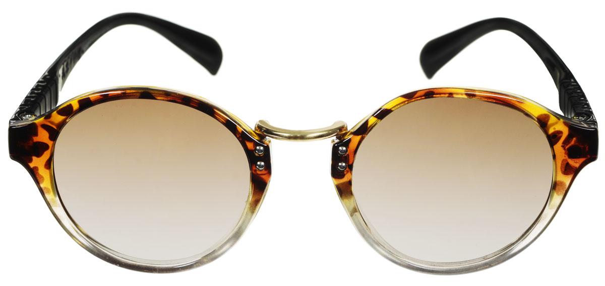 Очки солнцезащитные женские Fabretti, цвет: черный, коричневый. A1605-6A1605-6Солнцезащитные женские очки Fabretti выполнены с линзами из высококачественного пластика. Используемый пластик не искажает изображение, не подвержен нагреванию и вредному воздействию солнечных лучей, защищает от бликов, повышает контрастность и четкость изображения, снижает усталость глаз и обеспечивает отличную видимость. Линзы имеют степень затемнения Cat. 3. Пластиковая оправа очков легкая, прилегающей формы и поэтому не создает никакого дискомфорта. Такие очки защитят глаза от ультрафиолетовых лучей, подчеркнут вашу индивидуальность и сделают ваш образ завершенным.
