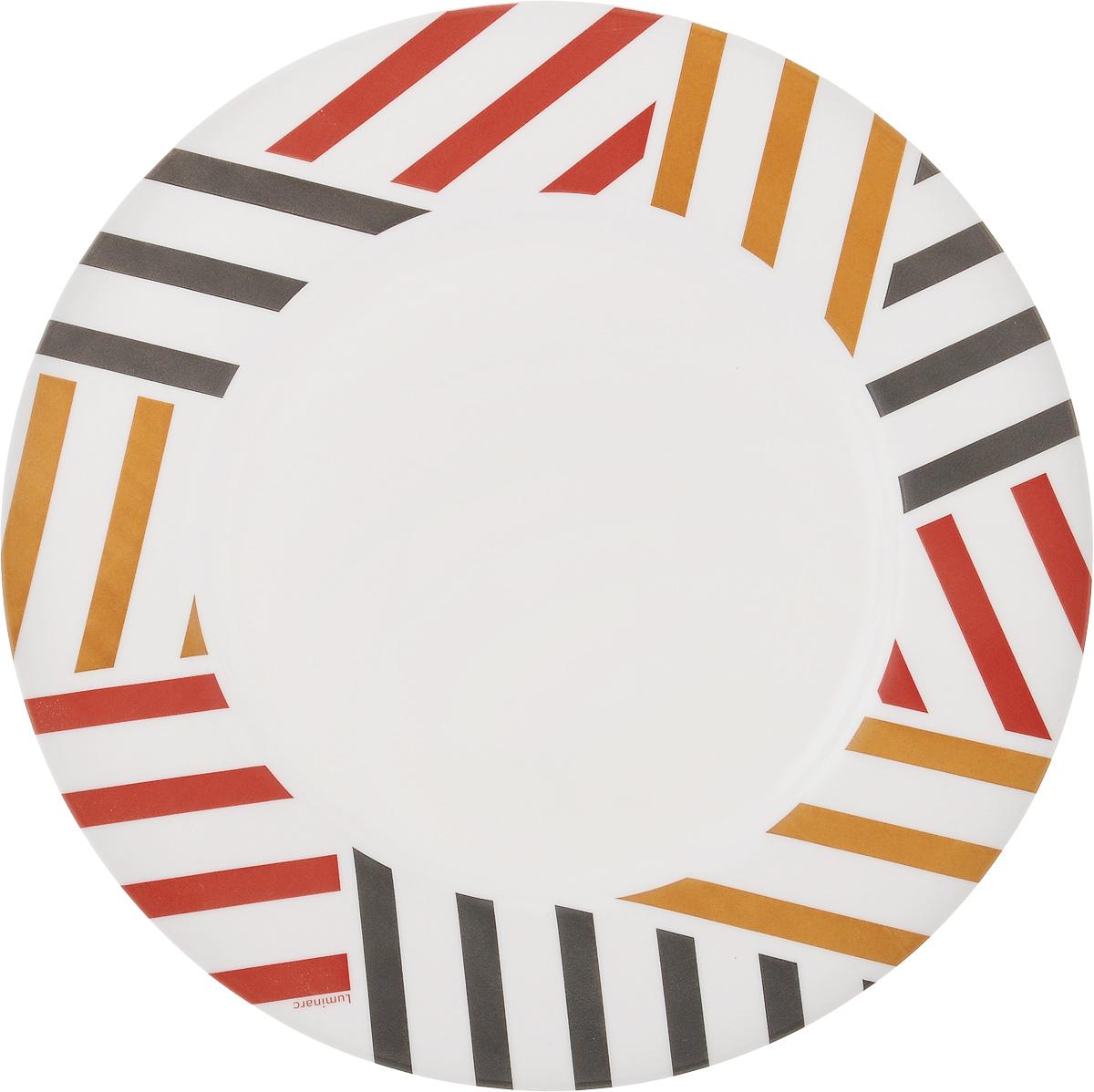 Тарелка обеденная Luminarc Balnea, диаметр 24 смH2470Обеденная тарелка Luminarc Balnea, изготовленная из ударопрочного стекла, имеет изысканный внешний вид. Яркий дизайн придется по вкусу и ценителям классики, и тем, кто предпочитает утонченность. Тарелка Luminarc Balnea идеально подойдет для сервировки вторых блюд из птицы, рыбы, мяса или овощей, а также станет отличным подарком к любому празднику. Диаметр тарелки (по верхнему краю): 24 см.