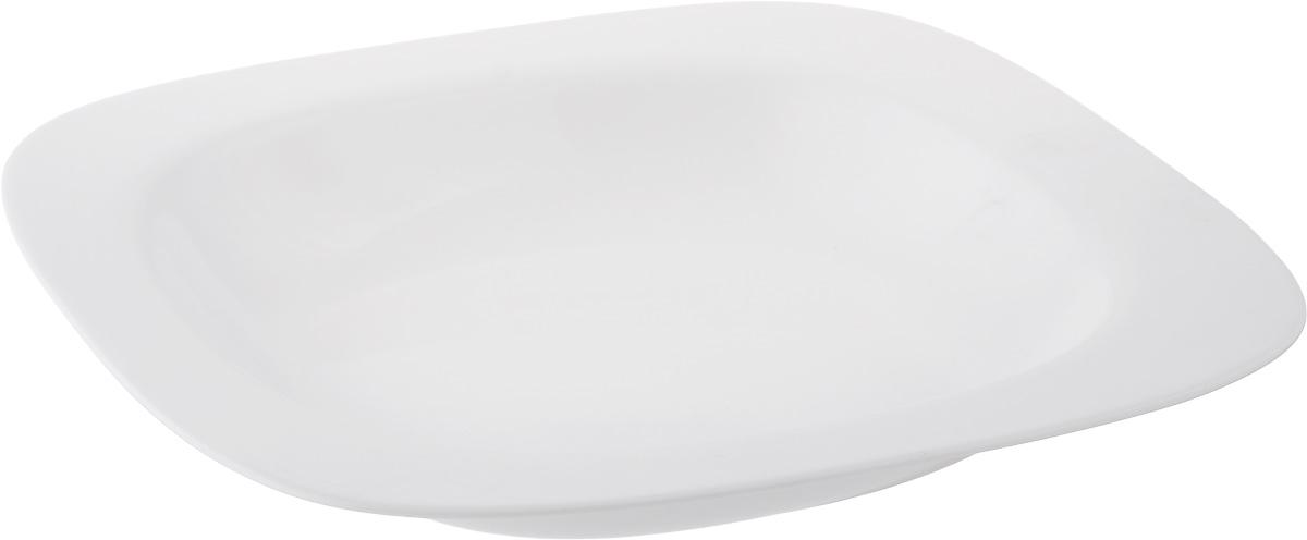 Тарелка глубокая Luminarc Squera, 23 х 23 смH0350Глубокая тарелка Luminarc Squera выполнена из ударопрочного стекла белого цвета. Изделие сочетает в себе изысканный дизайн с максимальной функциональностью. Она прекрасно впишется в интерьер вашей кухни и станет достойным дополнением к кухонному инвентарю. Тарелка Luminarc Squera подчеркнет прекрасный вкус хозяйки и станет отличным подарком. Размер (по верхнему краю): 23 х 23 см.