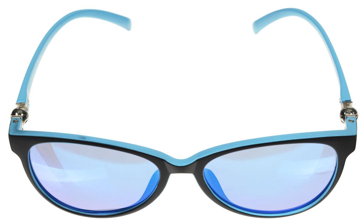 Очки солнцезащитные женские Fabretti, цвет: голубой, черный. A1602-3A1602-3Солнцезащитные женские очки Fabretti выполнены с линзами из высококачественного пластика. Используемый пластик не искажает изображение, не подвержен нагреванию и вредному воздействию солнечных лучей, защищает от бликов, повышает контрастность и четкость изображения, снижает усталость глаз и обеспечивает отличную видимость. Линзы имеют степень затемнения Cat. 3. Пластиковая оправа очков, выполненная в оригинальной черно-голубой гамме, легкая, прилегающей формы и поэтому не создает никакого дискомфорта. Такие очки защитят глаза от ультрафиолетовых лучей, подчеркнут вашу индивидуальность и сделают ваш образ завершенным.