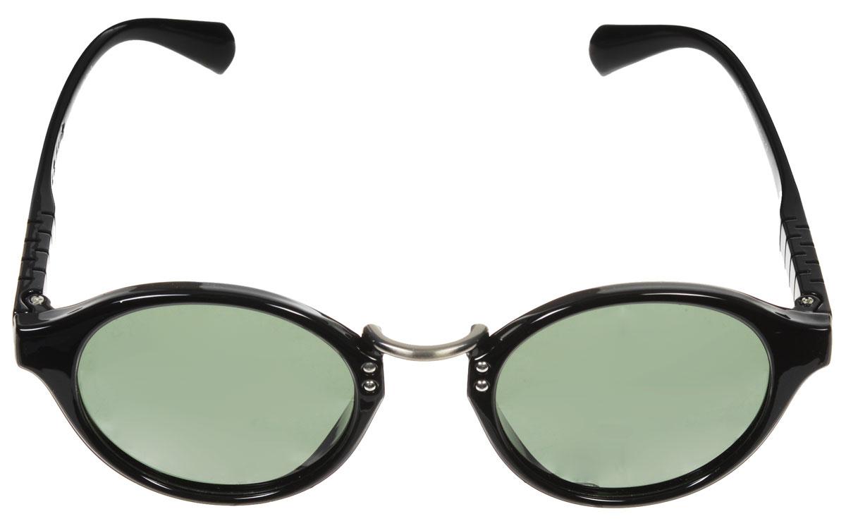Очки солнцезащитные женские Fabretti, цвет: черный. A1605-1A1605-1Солнцезащитные женские очки Fabretti выполнены с линзами из высококачественного пластика. Используемый пластик не искажает изображение, не подвержен нагреванию и вредному воздействию солнечных лучей, защищает от бликов, повышает контрастность и четкость изображения, снижает усталость глаз и обеспечивает отличную видимость. Линзы имеют степень затемнения Cat. 3. Пластиковая оправа очков легкая, прилегающей формы и поэтому не создает никакого дискомфорта. Такие очки защитят глаза от ультрафиолетовых лучей, подчеркнут вашу индивидуальность и сделают ваш образ завершенным.