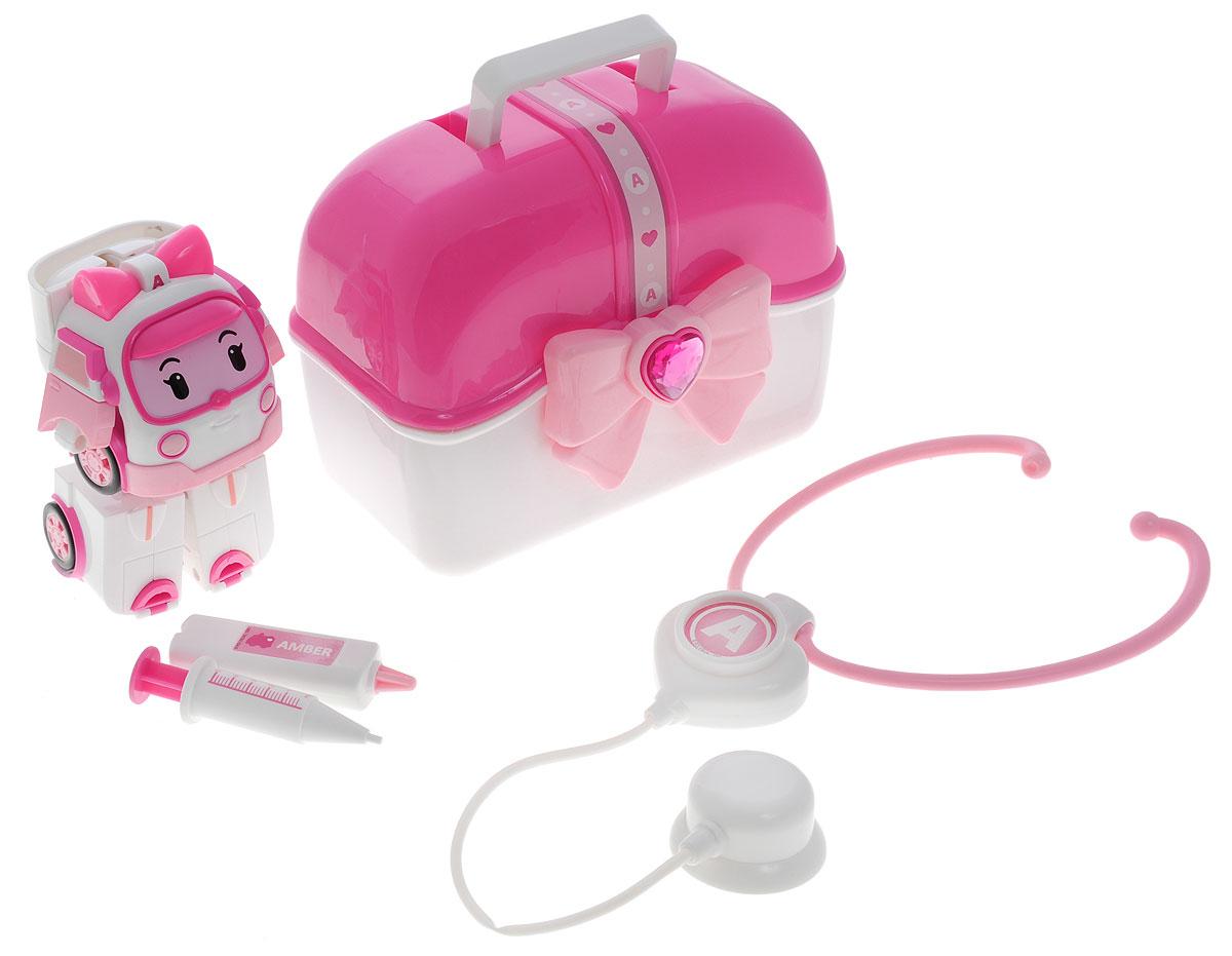 Robocar Poli Игровой набор Трансформер Эмбер83074Игровой набор Robocar Poli Трансформер Эмбер - это очень полезная и увлекательная игрушка, с которой ребенок будет заниматься долгое время. Трансформер Эмбер - машинка, умеющая превращаться в красивую девочку-робота с бантиком на голове. Эмбер любимица всей команды спасателей - умная и смелая, добрая и отзывчивая, она умеет успокоить и найти подход к каждому в команде и в городе. По вызову, поступившему в центр, она отправляется на помощь вместе со своей командой. Трансформеры все вместе приезжают на место в образе машинок, потом быстро перевоплощаются в команду роботов, которые на месте решают возникшую проблему и помогают попавшим в беду. Если необходима медицинская помощь, Эмбер ее тут же окажет и при необходимости отвезет пострадавшего в больницу. Ребенок может играть с игрушкой, как с обычной машиной скорой помощи, ведь у нее открываются сзади дверки, куда можно поместить раненого, или перестроить в робота и оказывать помощь уже в таком виде. Трансформеры тем и...