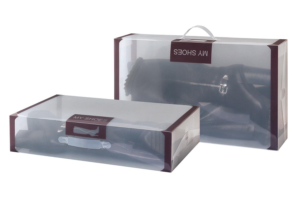 Набор коробок для хранения обуви El Casa, 52 х 30 х 11,5 см, 2 шт680003Набор El Casa состоит из 2 коробок для сезонного хранения обуви. Коробки изготовлены из прочного пластика и, в отличие от картонных коробок, не потеряют форму и не порвутся. Прозрачный материал позволяет легко просматривать содержимое коробки, что облегчает поиск нужной обуви. Большая длина коробок идеальна для хранения сапог. Прозрачные коробочки с коричневой каймой и надписью My Shoes украсят вашу гардеробную и будут радовать глаз. Каждая коробка снабжена ручкой для переноски. Занимают минимум места в сложенном виде.