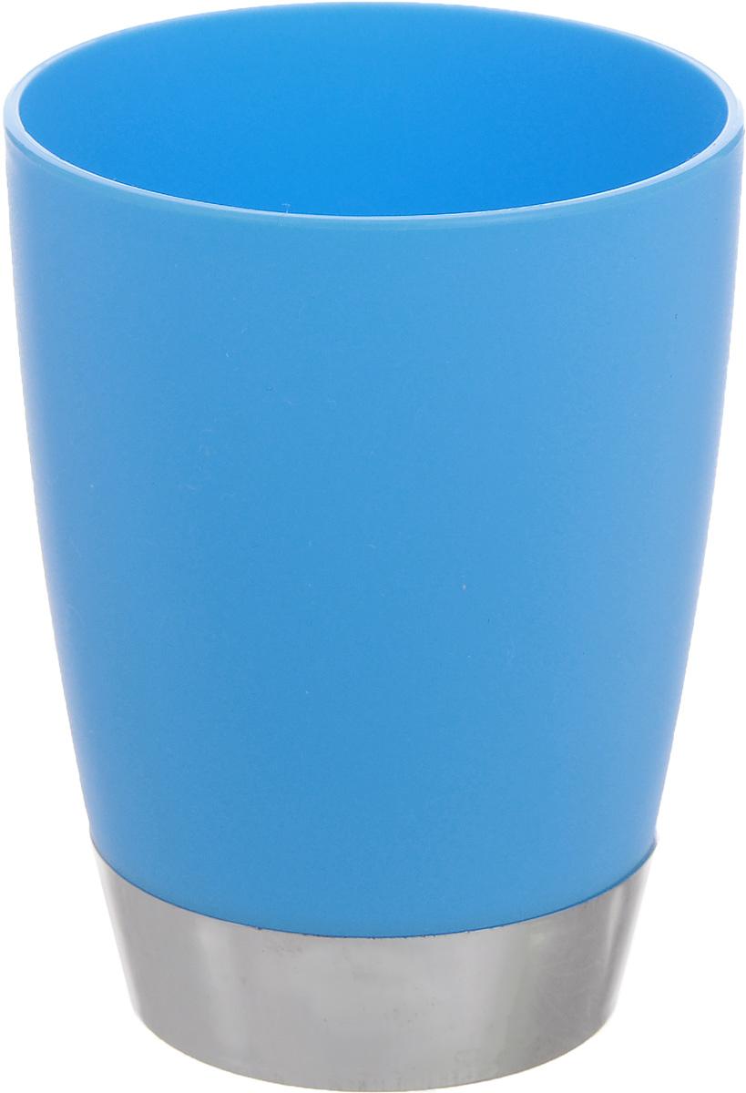Стакан для ванной комнаты Fresh Code Настроение, цвет: голубой, 300 мл64923_голубойСтакан для ванной комнаты Fresh Code Настроение изготовлен из высококачественного полипропилена. В нем удобно хранить зубные щетки, тюбики с зубной пастой и другие принадлежности. Такой аксессуар для ванной комнаты стильно украсит интерьер, а также добавит в обычную обстановку яркие и модные акценты. Диаметр стакана (по верхнему краю): 8 см. Высота стакана: 10 см.