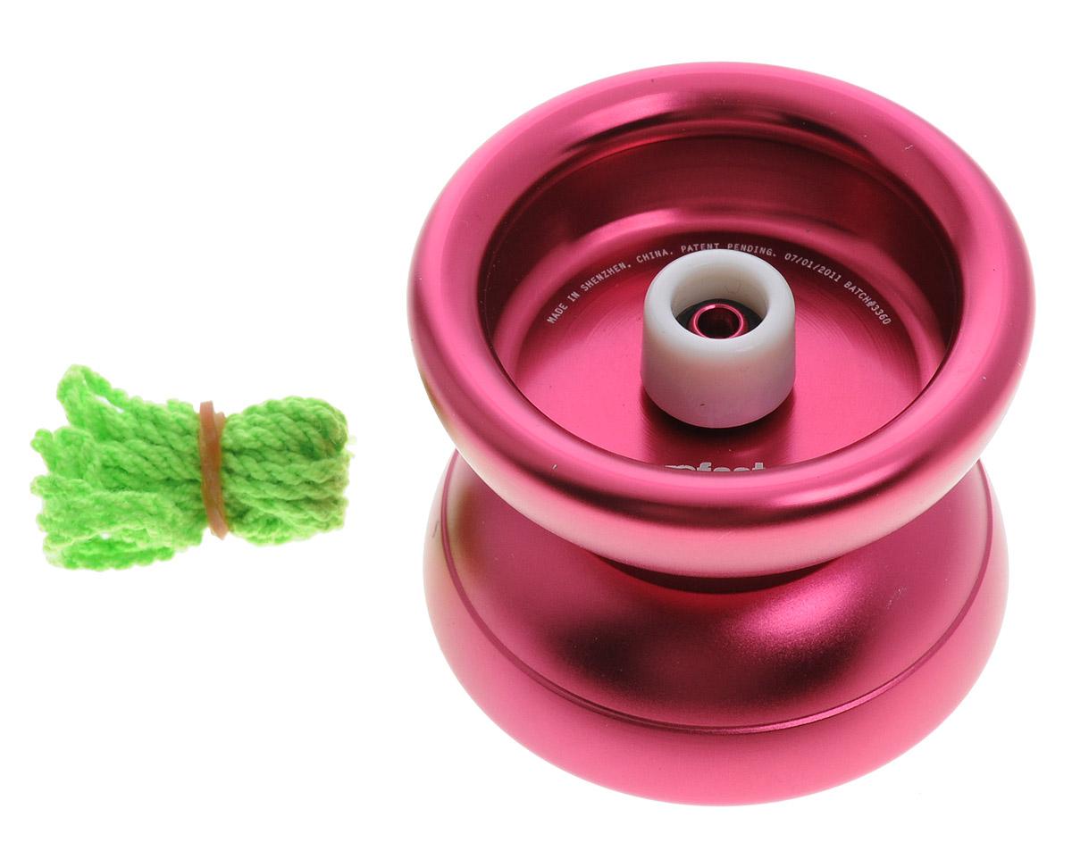 YoYoFactory Йо-йо 888x цвет розовыйYYF888x_розовыйЙо-йо YoYoFactory 888x самое популярное металлическое йо-йо в мире! Впервые модель вышла в свет в 2007 году, с момента своего рождения, это йо-йо стало эталоном высокого качества изготовления хай-энд йо-йо и игровых характеристик. Сотни тысяч игроков по всему свету выбрали это йо-йо, как превосходный снаряд для тренировок. Йо-йо подвергалось большому количеству изменений, доработок и модификаций. На базе 888 было выпущено несколько signature моделей (спец-моделей про-игроков). 888x - обновленная модель 888 серии. Тот же качественный уровень в новом оформлении и с небольшими доработками. Йо-йо - это игрушка, состоящая из двух симметричных половинок соединенных осью, к которой прикреплена веревка. Современный йо-йо значительно отличается от тех, к которым многие привыкли. Сейчас йо-йо - это такая же часть молодежной культуры как скейт, ВМХ или сноуборд. Йо-йо популярно во многих странах мира, таких как Россия, США и Япония. Ежегодно во всем мире проходят различные...