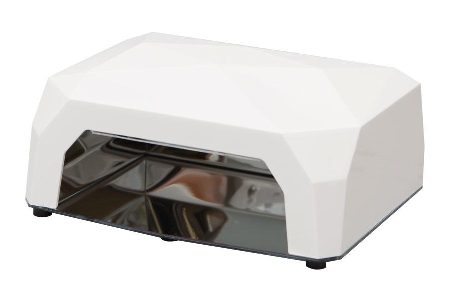 Dongri УФ лампа спиральная DR-12012995Модель SD-1201 работает по принципу холодного катода, так как оснащена спиральной ультрафиолетовой лампой. Скорость полимеризации наносимого на ногти геля — от 5 минут. Решив купить УФ лампу этой модели, Вы сможете заниматься маникюром с максимальным комфортом, а также получите ряд дополнительных выгод. Благодаря современным технологиям, данный прибор, в отличие от аналогов, не требует регулярной замены лампочек, так как ресурс его работы превышает 30 000 часов. Лампа излучает холодный свет и не создает неприятного ощущения дискомфорта, которое может появляться при работе с большинством традиционных ламп, которые нагревают пространство вокруг себя. За счет глубокого проникновения ультрафиолетового излучения в нанесенные на ногтевую пластину гелевые материалы, процесс сушки геля проходит очень быстро и качественно, а минимальный уровень энергозатрат сэкономит Вам денежные средства на оплату электричества и коммунальных счетов.