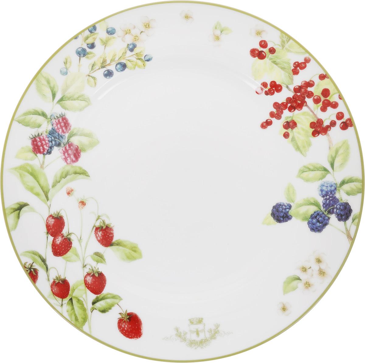 Тарелка обеденная Nuova R2S Лесные ягоды, диаметр 26,5 см942BERRОбеденная тарелка Nuova R2S Лесные ягоды, изготовленная из высококачественного фарфора декорирована оригинальным рисунком. Яркий дизайн придется по вкусу и ценителям классики, и тем, кто предпочитает утонченность и изысканность. Тарелка Nuova R2S Лесные ягоды идеально подойдет для сервировки стола и станет отличным подарком к любому празднику. Можно мыть в посудомоечной машине и использовать в микроволновой печи. Диаметр тарелки: 26,5 см.