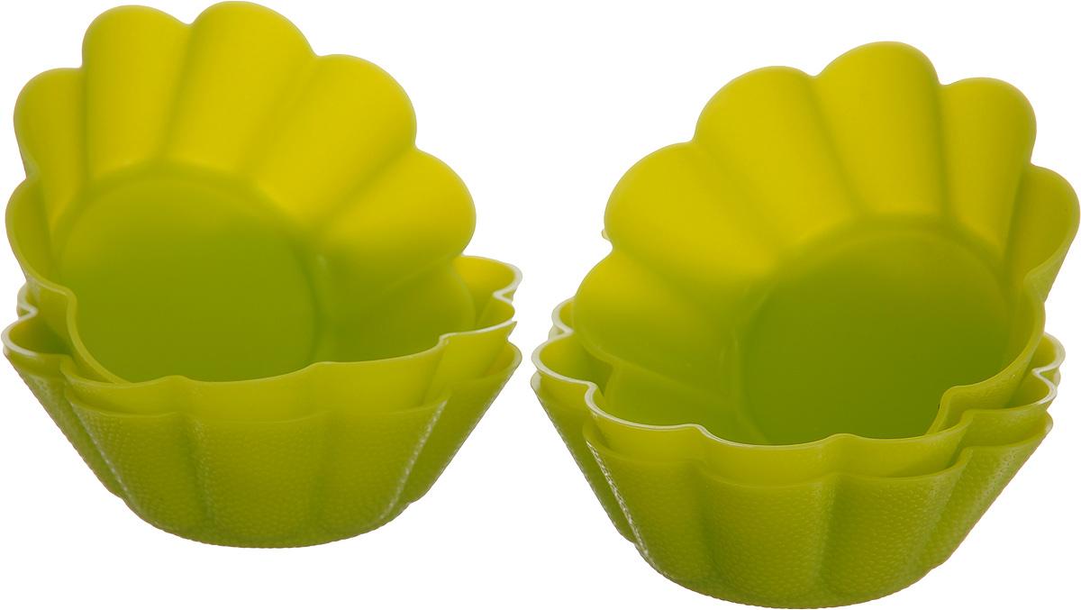 Форма для выпечки Calve, силиконовая, диаметр 7,5 см, 6 штCL-4560Формы для выпечки Calve, изготовленные из высококачественного силикона, выдерживающего температуру от -40°C до +230°C. В комплекте 6 форм, выполненных в виде мини-кексов. Если вы любите побаловать своих домашних вкусным и ароматным угощением по вашему оригинальному рецепту, то формы Calve как раз то, что вам нужно! Можно использовать в духовом шкафу и микроволновой печи без использования режима гриль. Подходит для морозильной камеры и мытья в посудомоечной машине. Диаметр формы (по верхнему краю): 7,5 см. Высота формы: 2,8 см.