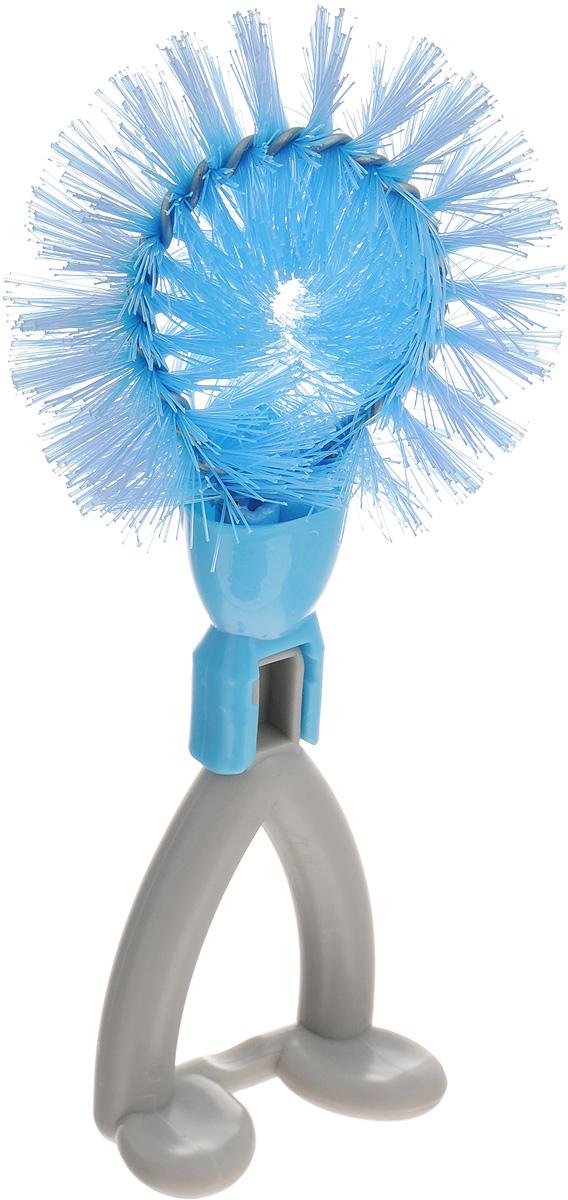 Щетка Идея Йоршик, цвет: голубой, серыйIOR-01_голубой, серыйЩетка Идея Йоршик, изготовленная из высококачественного пластика и нержавеющей стали, предназначена для чистки грязных поверхностей. Она имеет жесткую щетину, что позволит вам справиться с самыми стойкими загрязнениями. Благодаря оптимальному размеру и эргономичной ручке, щетка Идея Йоршик станет незаменимым инструментом на вашей кухне. Для наилучшего эффекта щетку необходимо использовать вместе с чистящими средствами, рекомендованными для поверхностей, которые вы обрабатываете. Использование этого приспособления позволит вам сэкономить время и силы. Не применять абразивные чистящие средства и сильнодействующие химикаты. Не рекомендуется мыть в посудомоечной машине. Длина щетины: 3,5 см. Общий размер щетки: 18 х 8 х 7,5 см.
