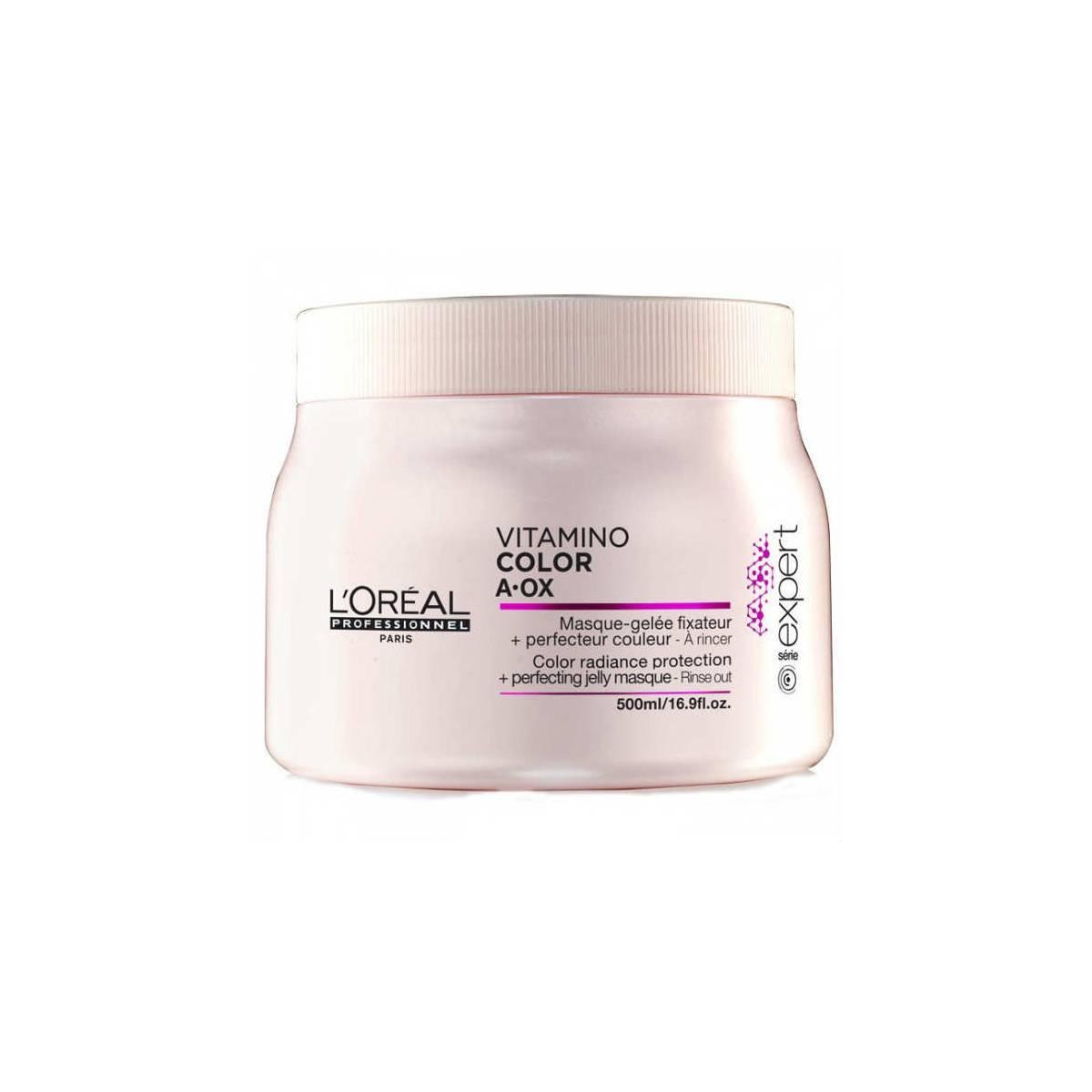 LOreal Professionnel Expert Vitamino Маска-фиксатор цвета Color AOX 500 млE0714861Маска-фиксатор цвета Витамино Колор – это средство, предназначенное для ухода за окрашенными волосами. Средство обладает особой формулой, благодаря которой на волосах образуется защитная плёнка, препятствующая вымыванию цвета и обеспечивающая волосам защиту от воздействия негативных факторов. Эффект будет очевиден уже после первого применения: волосы станут упругими и мягкими, приобретут изысканный блеск. При регулярном применении волосы будут выглядеть так, будто вы недавно посетили салон красоты. Кроме того, улучшится и структура волос, а их цвет не потускнеет даже спустя долгое время.