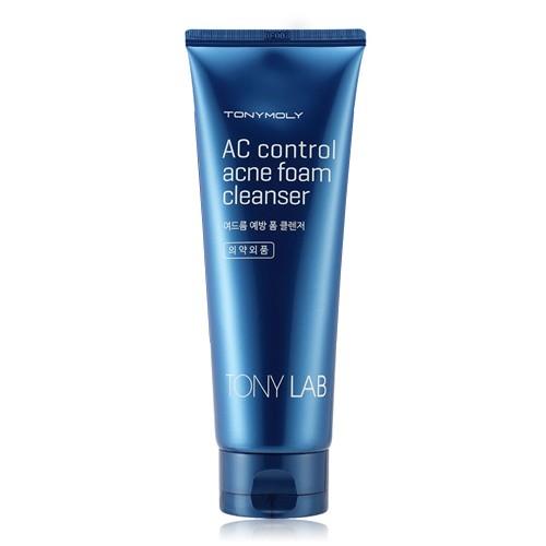 TonyMoly Очищающее средство для проблемной кожи лица TONY LAB AC CONTROL ACNE FOAM CLEANSER, 150 млSS02016400Пенка от Tony Moly мягко очищает кожу, оказывая успокаивающее и антибактериальное воздействие. Идеально подходит для проблемной и склонной к жирности кожи. Содержит экстракт зеленого чая, делающий кожу более гладкой и эластичной. Экстракты корня плюща и софлоры предотвращают появление акне и способствуют регенерации кожи. Марка Tony Moly чаще всего размещает на упаковке (внизу или наверху на спайке двух сторон упаковки, на дне банки, на тубе сбоку) дату изготовления в формате: год/месяц/дата.
