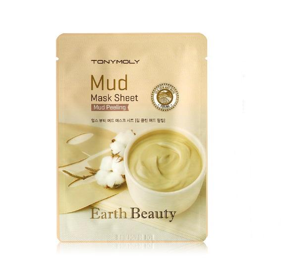 TonyMoly Тканевая маска для лица с экстрактом грязи EARTH BEAUTY MUD MASK SHEET, 15 грSS05027500Тканевая маска содержит бентонит, глина (1,000 мг), ниацинамид, березовый сок, экстракт ромашки, экстракт алоэ вера и т.д. Маска повышает упругость кожи, нормализует обмен веществ, дарит мягкость и здоровый цвет. Воздействует на кожу как мягкое средство для пилинга, удаляет мертвые клетки кожи, в результате чего кожный покров обновляется и выглядит более привлекательно. Белая глина, или каолин, способна абсорбировать продукты жизнедеятельности клеток организма. Поглощает токсины, запахи и газы, убивает болезнетворные бактерии и при этом остается химически инертной, а, следовательно, абсолютно безвредной для организма. Ниацинамид является активным компонентом для мощного клеточного обновления кожи. Относится к группе клеточно-связующих активов. Он может улучшать эластичность кожи, значительно улучшить барьерную функцию кожи, помогает удалить возрастные пятна и улучшает тонус кожи и ее текстуру, осветляет и выравнивает тон кожи. Стимулирует синтез коллагена, выработку кожных...