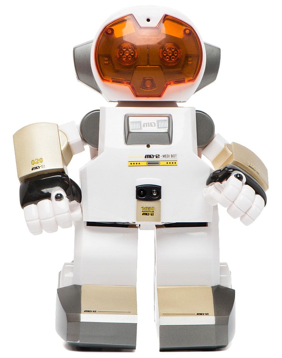 Silverlit Робот Echo88308SИнтеллектуальный робот Echo - продукт компании Silverlit, занесенной в Книгу рекордов Гиннеса за создание уникальных технологичных игрушек. Silverlit не перестает удивлять, и робот-гений с широкой игровой возможностью и разнообразием движений - отличное доказательство этому. Все мальчики любят играть в роботов: сейчас пришло время завести собственного робота-друга и помочь ему стать помощником и умницей. Ребятам особенно понравится развлечение записывать свой голос, ведь симпатяга-робот умеет воспроизводить сообщения. Игрушка прекрасно развивает логику и реакцию, воображение, умение рассчитывать свои действия и получать результат, анализировать причины неудач, а также обучает навыкам обращения с предметами в движении. Если ребенок играет с другом, игрушка будет способствовать развитию речи, умению активно общаться. Робот может управляться при помощи пульта дистанционного управления (продается отдельно). Особые возможности: интеллектуальный робот с...