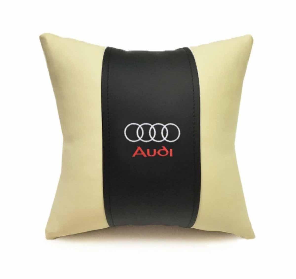 Подушка декоративная Auto premium AUDI, цвет: черно-бежевый. 3704037040Подушка в машину с вышивкой автологотипа - отличное дополнение для салона Вашего авто. Мягкая подушка изготовлена из матовой экокожи будет удобна пассажиру. К тому же не перестанет радовать Вас своим видом. Оптимальный размер подушки (30х30) не загромождает салон автомобиля.