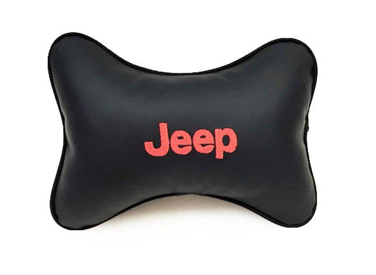Подушка на подголовник Auto premium JEEP, цвет: черный. 3702937029Подушка на подголовник-это прежде всего это лучший способ создать комфорт для шеи и головы во время пребывания в автомобильном кресле. Большинство штатных подголовников устроены так, что до них попросту не дотянуться. Данный аксессуар полность решает эту проблему, создавая мягкую ортопедическою поддержку. Подушка крепится к сиденью, а это значит один раз поставил - и забыл. Меньше утомляемость - а следовательно выше внимание и концентрация на дороге. Одинакова удобна для пассажира и водителя. Выполнена из эко-кожи, а значит имеет повышенный ресурс и прочность. Легко чистится влажной тряпкой, не требует стирки, не впитывает пыль и грязь. Экокожа дышащий материал, а значит будет комфортно и летом.