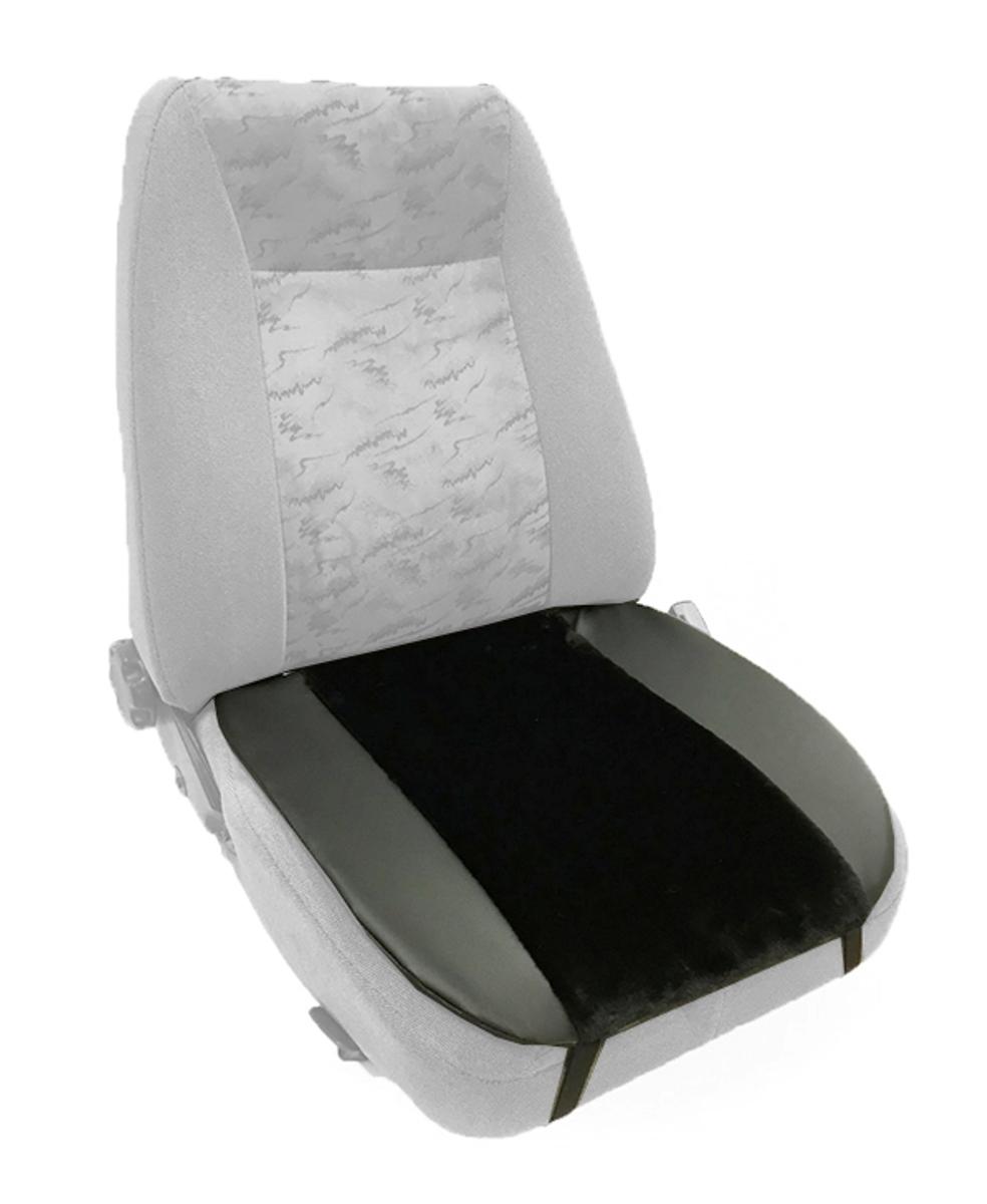 Накидка Auto premium на горизонтальную часть сидения, цвет: черный. 4700447004Накидка на нижнюю часть сиденья выполнена из искуственного меха. Особенно полезна будет в зимний период времени. Меховая накидка избавит Вас от неприятных очущений при посадке в замерзший автомобиль. Накидка имеет 4 точки крепления на сиденье, поэтому держится крепко и никуда не съедет.