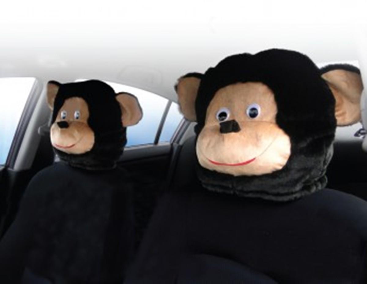 Чехол на подголовник Auto premium Обезьяна (1 шт), цвет: черно-бежевый. 7704177041Чехол на подголовник Обезьяна - хороший подарок в год Обезьяны (2016). Это не только прикол, направленных на окружающих. Все проезжающий мимо невольно оборачиваются и улыбаются, ведь на соседнем с вами кресле будет ехать плюшевая обезьяна. Подарите себе и близким этот приятный сувенир, к тому же наступает 2016 год Обезьяны. Чехол подходит для всех типов подголовников. Материал: искусственный мех+ плюш.