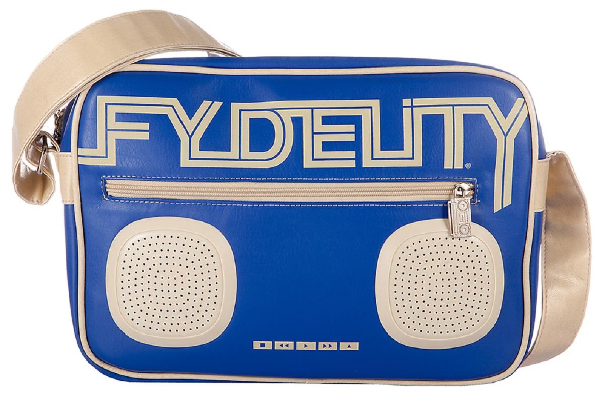 Сумка молодежная Fydelity G-Force Shoulder Bag, цвет: синий, 7 л92481Водонепроницаемые Hi-Fi stereo 3 Ватт динамики с усилителем. Отношение сигнал/шум: 60 ДБ. Легкое подключение телефона, mp3, CD плеера, iPod/iPad через 3,5мм стереоджек. Отделения для iPod/iPhone для быстрого и удобного доступа к вашему плееру. Источник питания: 4 батарейки типа AA (пальчиковые), для непрерывного 10-часового звучания. Диапазон воспроизводимых частот: 150 Гц ~ 20 кГц.