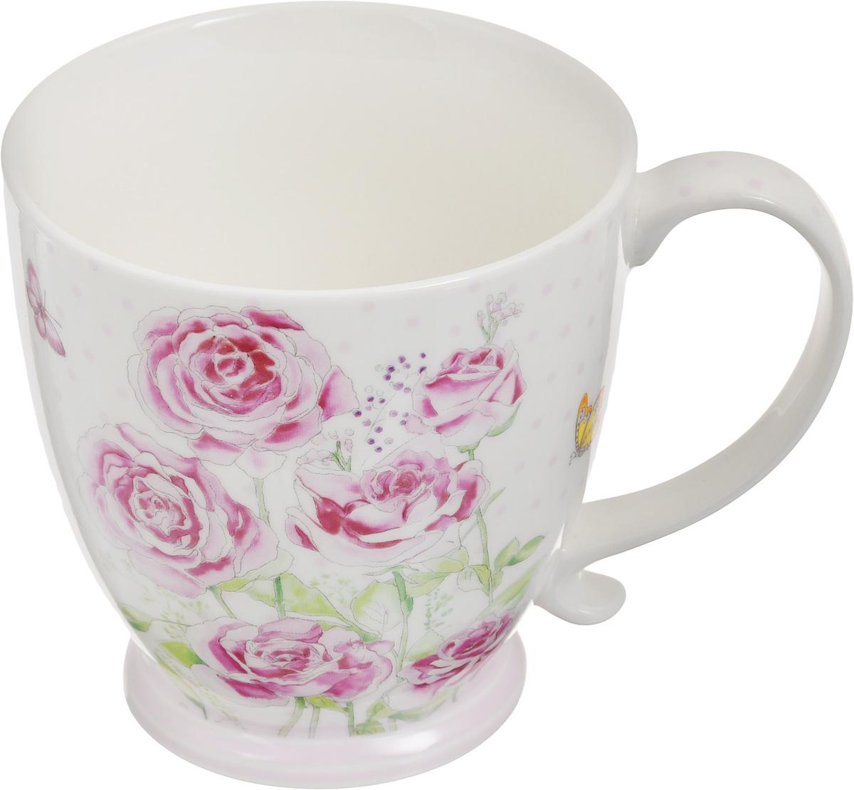 Кружка Elan Gallery Букет роз, цвет: белый, розовый, 450 мл290143Кружка Elan Gallery Букет роз, изготовленная из высококачественной керамики, оформлена изображением цветов. Изделие сочетает в себе изысканный дизайн с максимальной функциональностью. Такая кружка станет оригинальным подарком для ваших родных и близких. Не рекомендуется применять абразивные моющие средства. Не использовать в микроволновой печи. Диаметр кружки (по верхнему краю): 10 см. Высота кружки: 10,5 см.