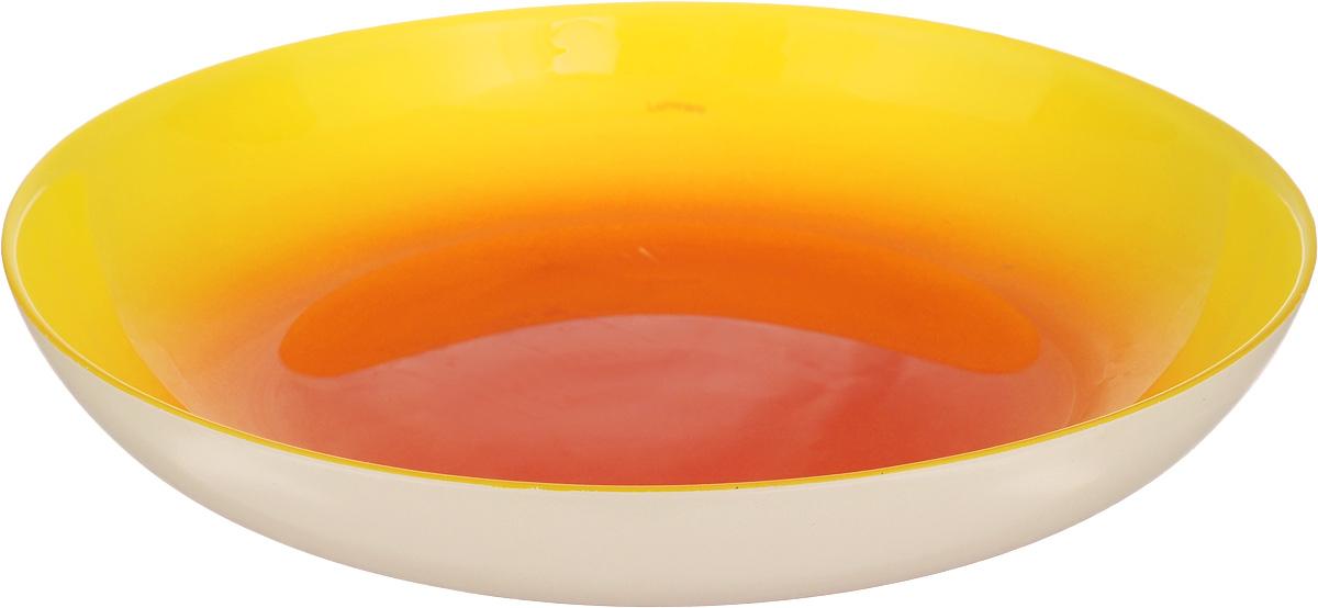 Тарелка глубокая Luminarc Fizz Lemon, диаметр 20,2 смG9555Глубокая тарелка Luminarc Fizz Lemon, изготовленная из ударопрочного стекла, имеет оригинальный дизайн. Такая тарелка прекрасно подходит как для торжественных случаев, так и для повседневного использования. Она прекрасно оформит стол и станет отличным дополнением к вашей коллекции кухонной посуды. Диаметр тарелки (по верхнему краю): 20,2 см. Высота тарелки: 3,5 см.
