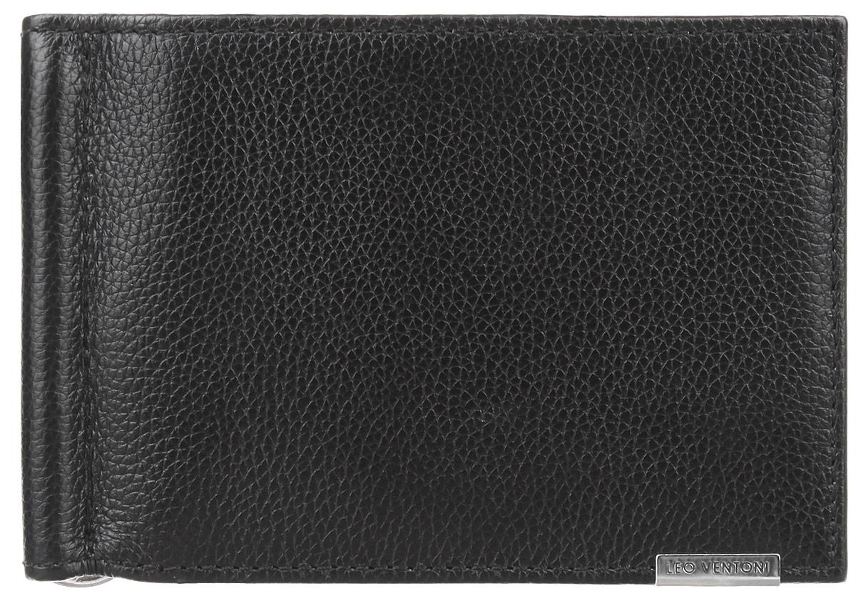 Кошелек мужской Leo Ventoni, цвет: черный. L330253-01L330253-01Стильный мужской кошелек Leo Ventoni выполнен из натуральной кожи с зернистой фактурой и оформлен металлической фурнитурой. Внутри кошелька, раскладывающегося пополам, расположены шесть кармашков для кредитных карт и визиток, два боковых кармана для мелочей и зажим для купюр. Снаружи расположен карман для монет с клапаном на кнопке. Изделие поставляется в фирменной упаковке. Стильный кошелек Leo Ventoni станет отличным подарком для человека, ценящего качественные и практичные вещи.