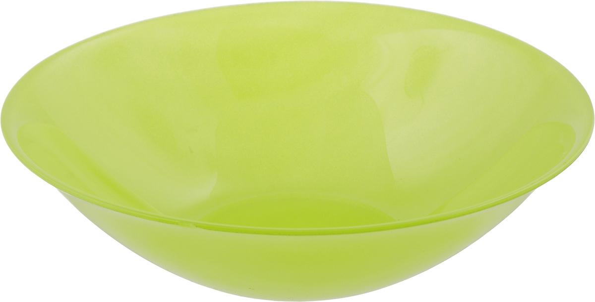 Миска Luminarc Arty Anis, цвет: салатовый, диаметр 16,5 смH8770Миска Luminarc Arty Anis, изготовленная из высококачественного стекла, прекрасно впишется в интерьер вашей кухни и станет достойным дополнением к кухонному инвентарю. Миска оформлена в классическом стиле и имеет изысканный внешний вид. Такая миска не только украсит ваш кухонный стол и подчеркнет прекрасный вкус хозяйки, но и станет отличным подарком. Диаметр (по верхнему краю): 16,5 см. Высота стенки: 4,5 см.