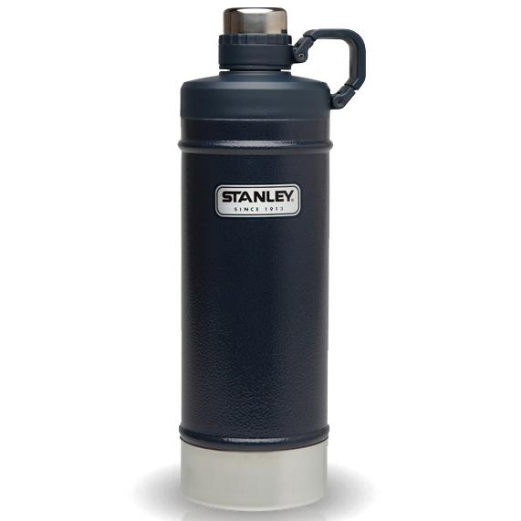 Термобутылка STANLEY Вакуумная, цвет: темно-синий, 0,62 л10-01620-004ВАКУУМНАЯ ТЕРМОБУТЫЛКА 0,62 Л. Удерживает тепло- 6 часов,холод 7 часов,напитки со льдом- 36 часов,из нержавеющей стали,цвет-зелёный. Гарантия-пожизненная.