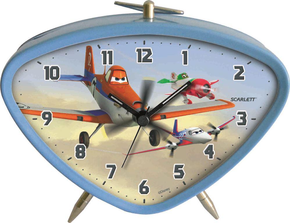 Будильник Scarlett. SC - ACD06PLSC - ACD06PLБудильник Scarlett с надежным кварцевым механизмом - это не только функциональное устройство, но и оригинальный элемент декора, который великолепно впишется в интерьер детской комнаты. Он снабжен четырьмя стрелками: часовой, минутной, секундной и стрелкой завода. Циферблат оформлен изображением Дасти из мультфильма Самолеты. Сверху будильник декорирован металлическим подвижным треугольным подвесом, располагается устройство на подставке и двух ножках. Сигнал будильника электронный, работает до его отключения. Отличительной особенностью этого будильника является то, что он обладает плавным, бесшумным ходом. Будильник работает от 1 батарейки типа АА напряжением 1,5 В (батарейка в комплект не входит). Будильник Scarlett - это надежность, качество и изящность стиля во все времена.