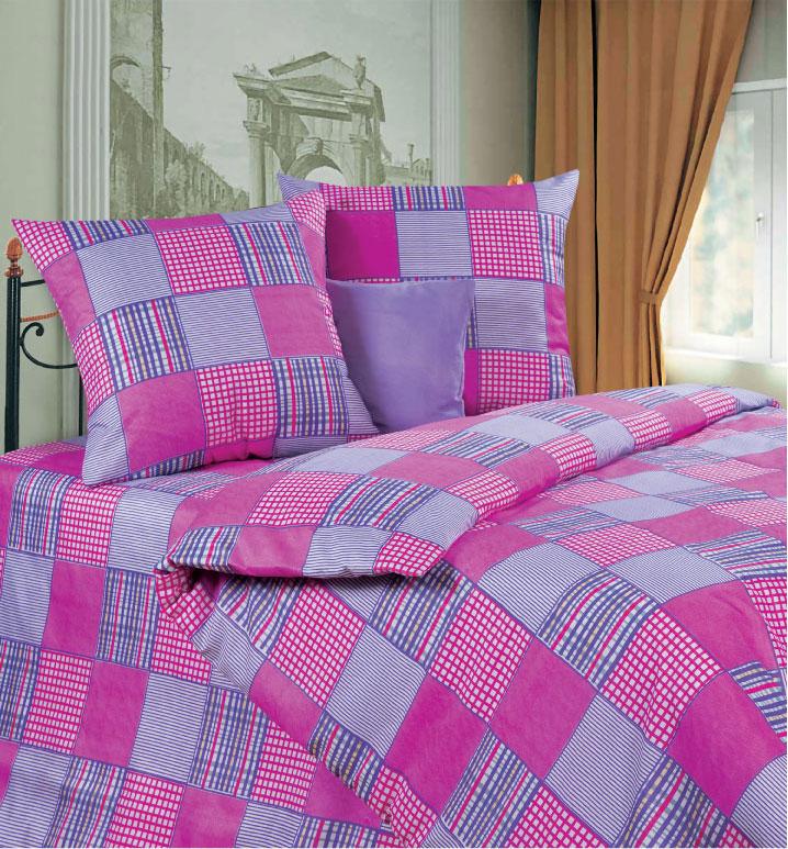 Комплект белья P&W Утро в деревне, 2-спальный, наволочки 69х69, цвет: белый, розовый, фиолетовыйPWU-173-175-69Комплект постельного белья P&W Утро в деревне выполнен из микрофибры. Комплект состоит из пододеяльника, простыни и двух наволочек. Ткань приятная на ощупь, мягкая и нежная, при этом она прочная и хорошо сохраняет форму, легко гладится. Ткань микрофибра - новая технология в производстве постельного белья. Тонкие волокна, используемые в ткани, производят путем переработки полиамида и полиэстера. Такая нить не впитывает влагу, как хлопок, а пропускает ее через себя, и влага быстро испаряется. Изделие не деформируется и хорошо держит форму. Благодаря такому комплекту постельного белья, вы сможете создать атмосферу роскоши и романтики в вашей спальне.