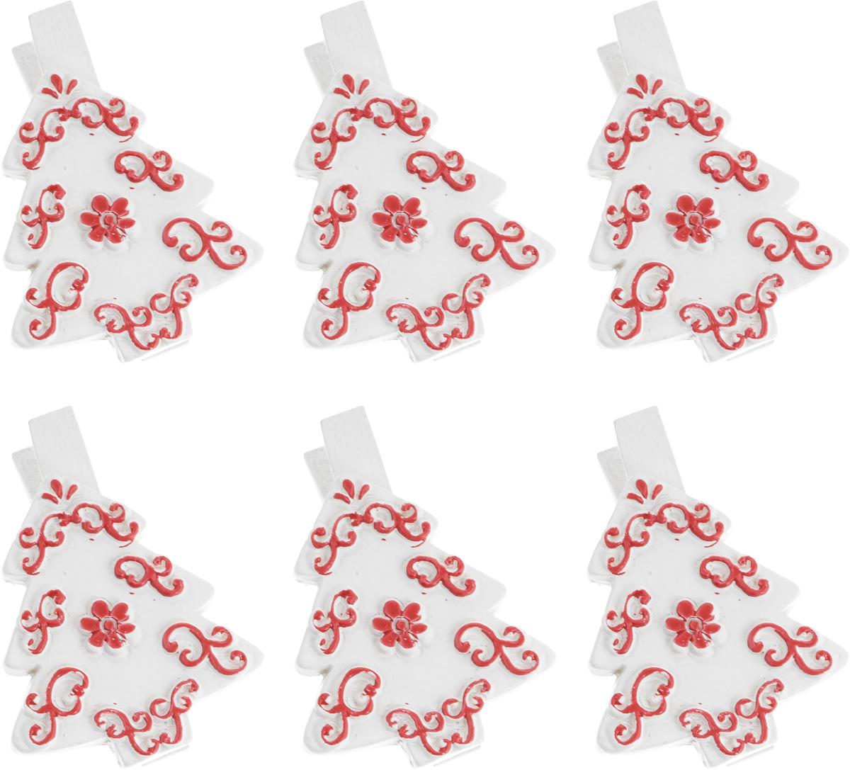 Набор новогодних декоративных украшений Lunten Ranta Елка, на прищепке, цвет: белый, 6 шт67649_белыйНабор Lunten Ranta Елка состоит из 6 декоративных украшений - прищепок, изготовленных из полирезины и дерева. Изделия станут прекрасным дополнением к оформлению вашего новогоднего интерьера. Они используются для развешивания стикеров на веревке, маленьких игрушек и многого другого. Оригинальность и веселые цвета прищепок будут радовать глаз и поднимут настроение. Длина прищепки: 5 см. Размер декоративного элемента прищепки: 3,5 х 4 см.