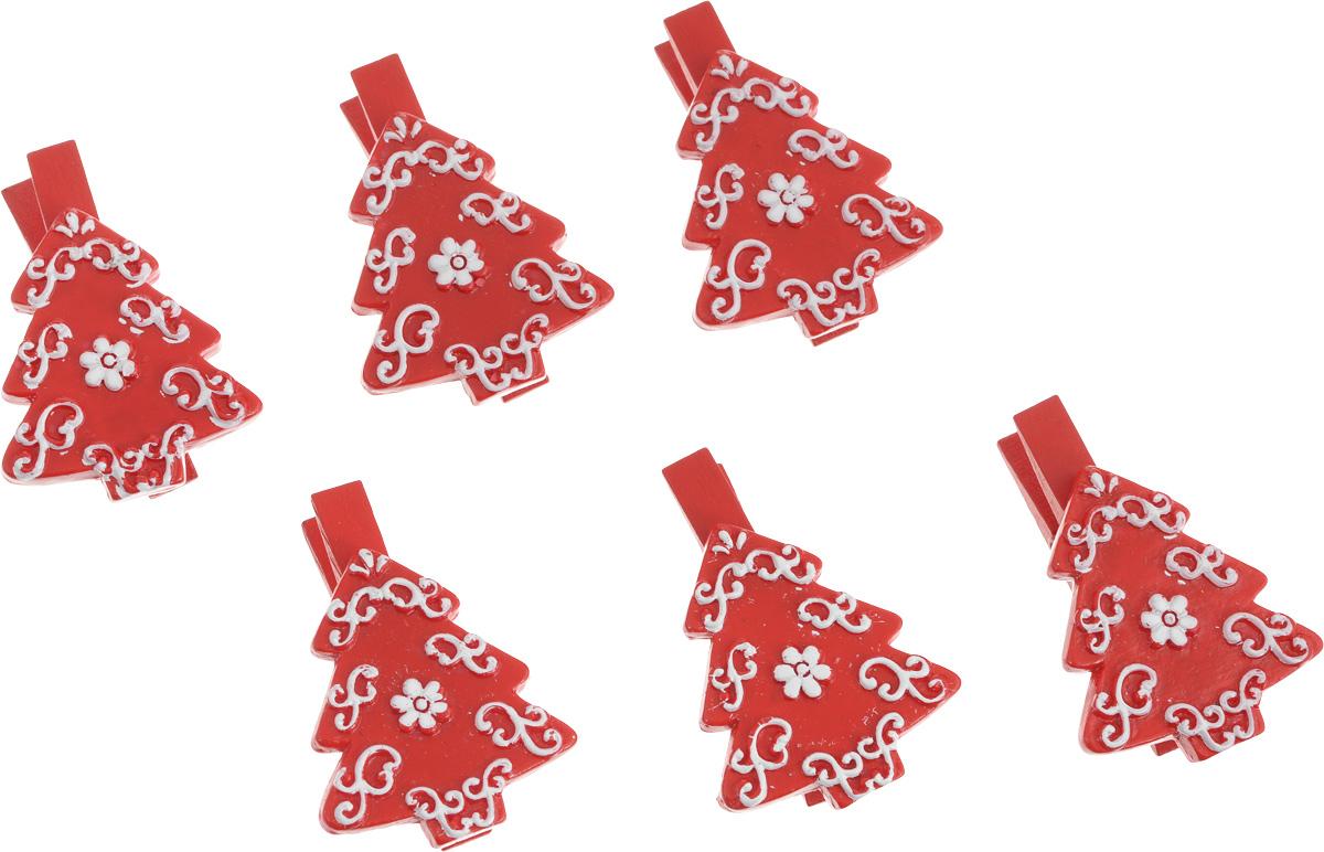 Набор новогодних декоративных украшений Lunten Ranta Елка, на прищепке, цвет: красный, 6 шт67649_елка красныйНабор Lunten Ranta Елка состоит из 6 декоративных украшений - прищепок, изготовленных из полирезины и дерева. Изделия станут прекрасным дополнением к оформлению вашего новогоднего интерьера. Они используются для развешивания стикеров на веревке, маленьких игрушек и многого другого. Оригинальность и веселые цвета прищепок будут радовать глаз и поднимут настроение. Длина прищепки: 5 см. Размер декоративного элемента прищепки: 3,5 х 4 см.